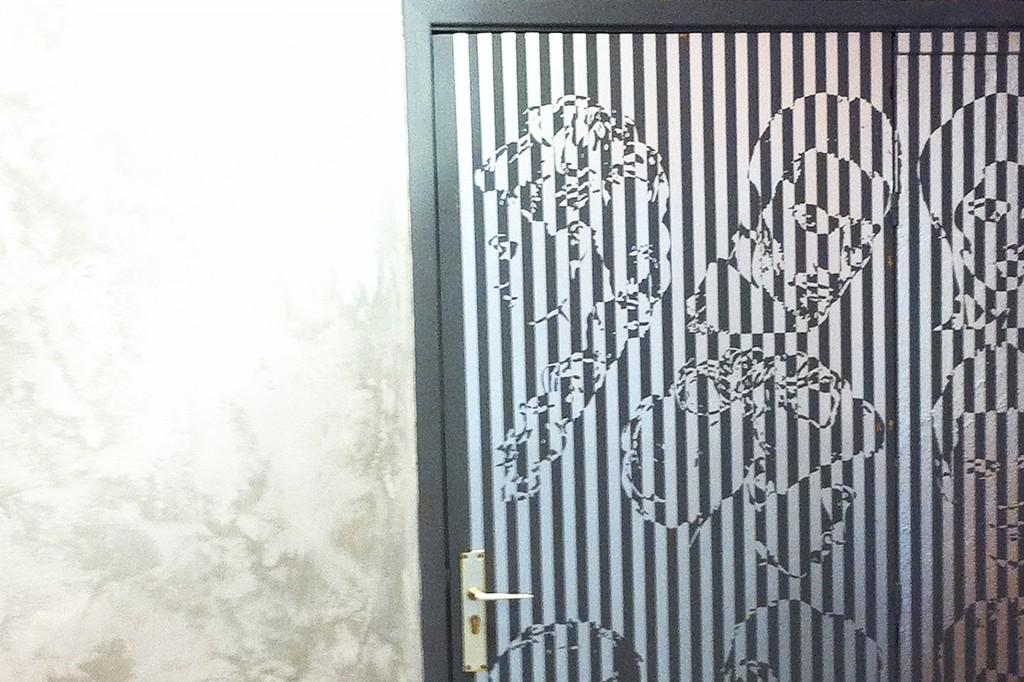 peluqueria_man_fachada_vinillo_puerta