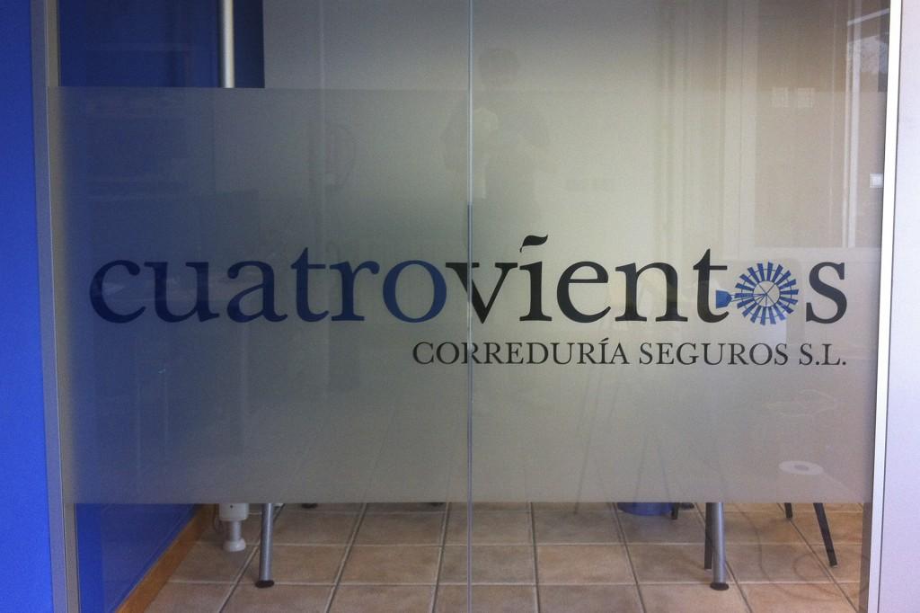 correduria_cuatrovientos_vinilo_traslucido_cristal