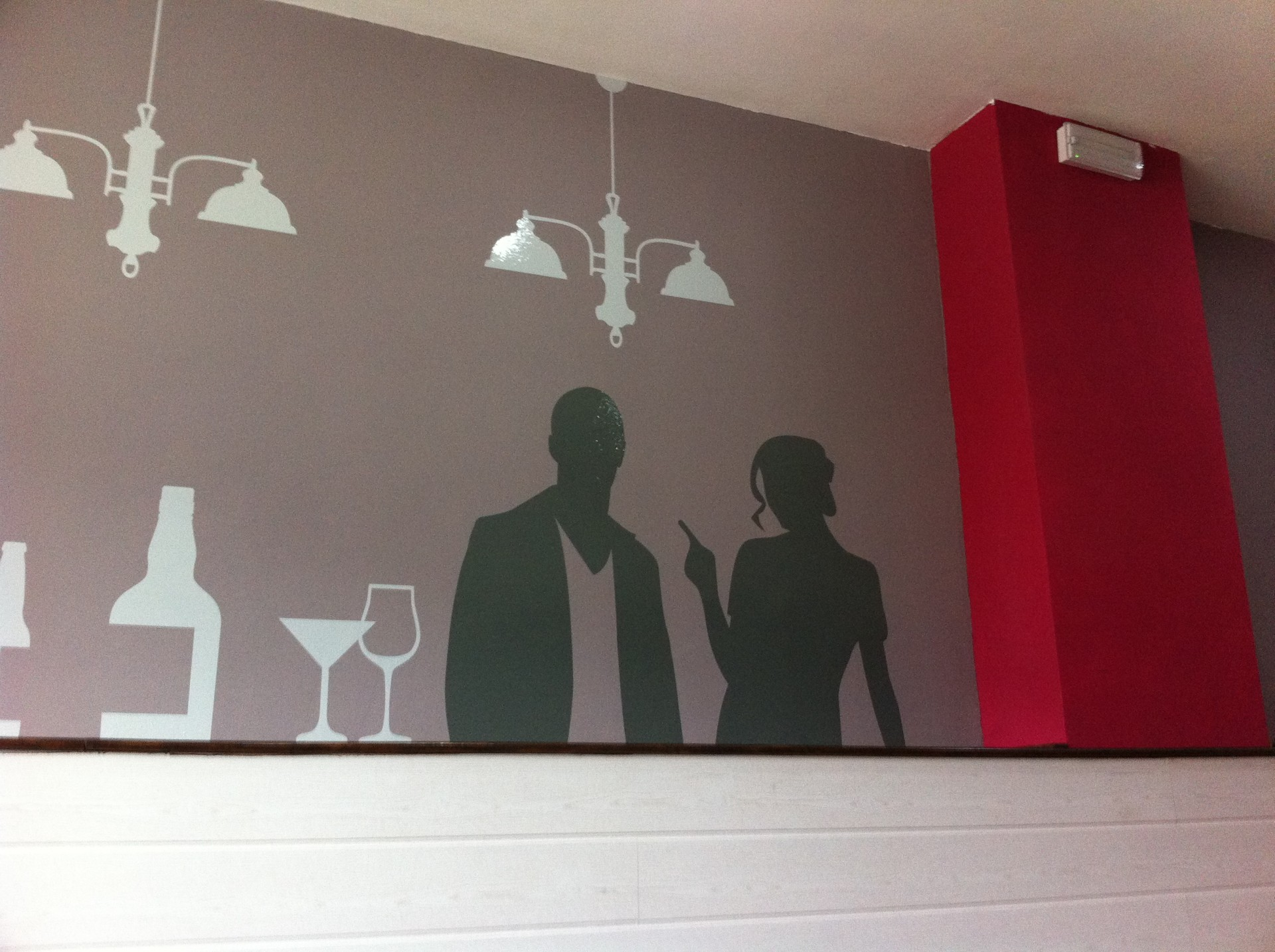 Crea imagen bar stop vinilo al corte en pared for Vinilos para bares