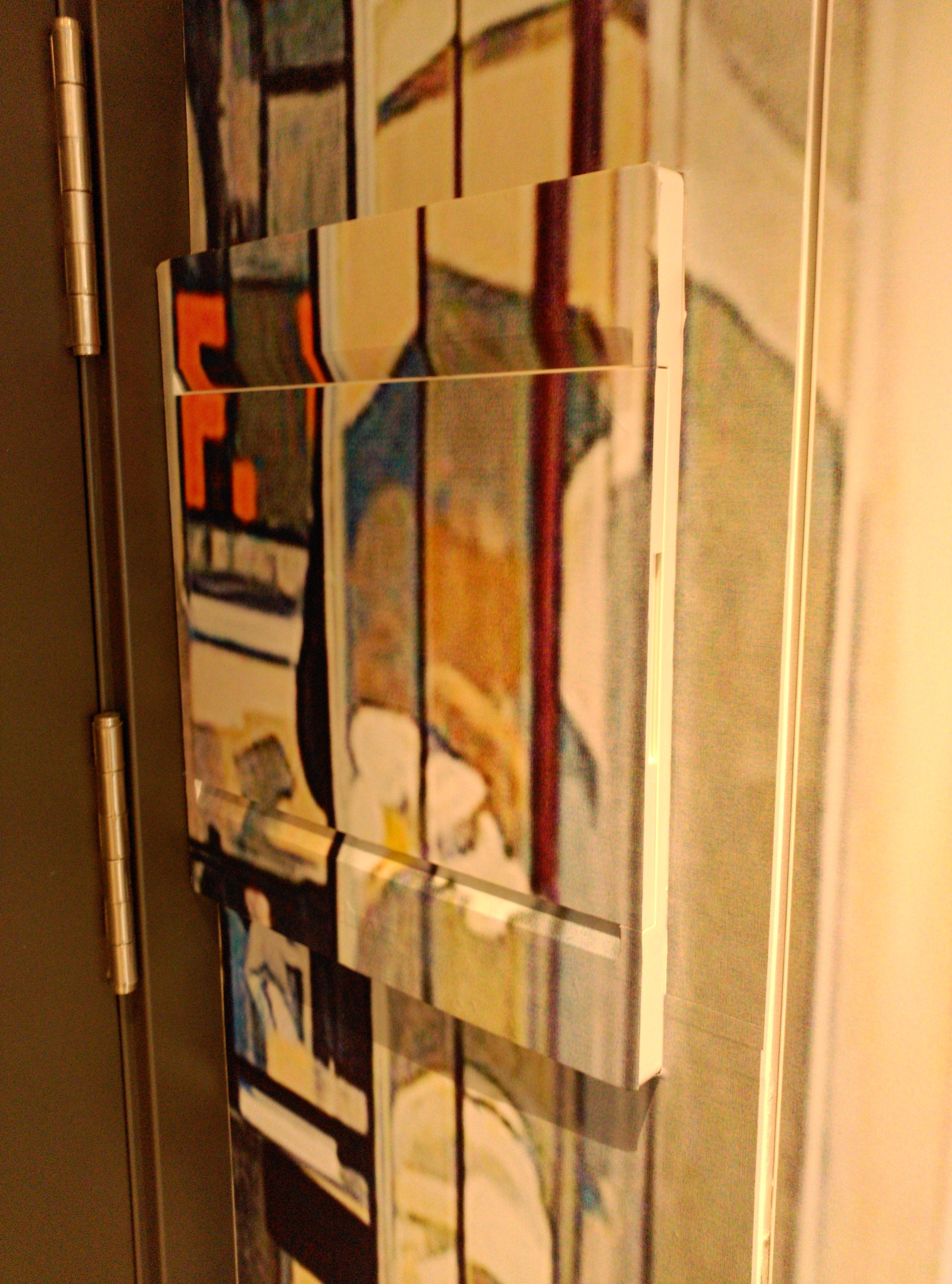 armario_mural_RichardEstes_cabinas_teléfono_decoración_interior_estella_Navarra_IMPRESIÓN_DISEÑO_VINILOS_ROTULACIÓN